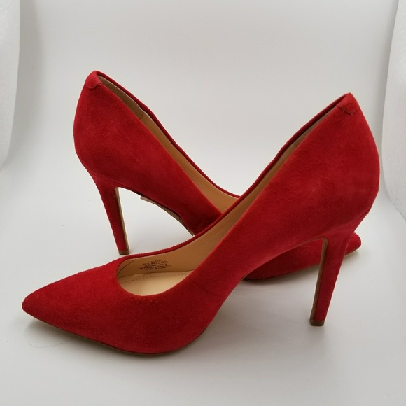 4c314909c9fa Vince Camuto Kain Red Suede Hi Heel SZ 6.5 M. M 5ad3a1b45521be65fa48a913